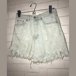 zara trafaluc Jean Shorts Size 4 100% Cotton